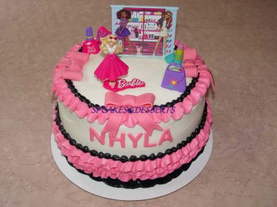 Barbie Kit Cake