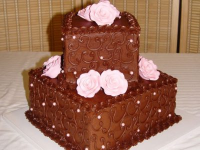 Choc With Pink Roses Cake