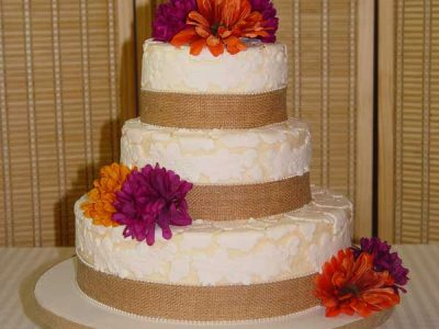 Fall Lace Wedding Cake