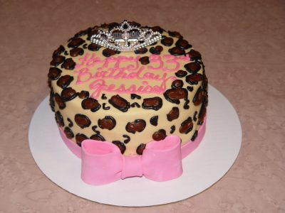 Cheetah Pink Bow Cake