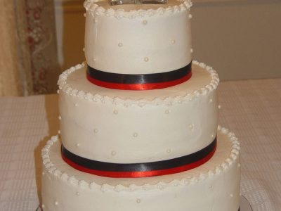 Red Black Ribbon Wedding Cake