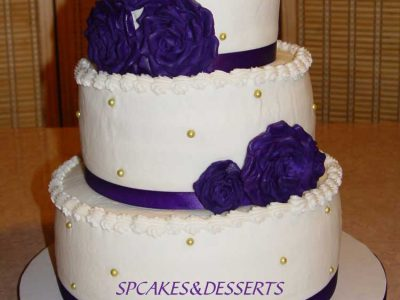 White Purple Flowers Cake