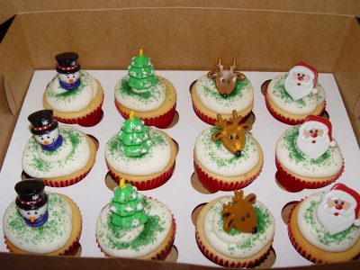 Winter Holiday Cupcakes